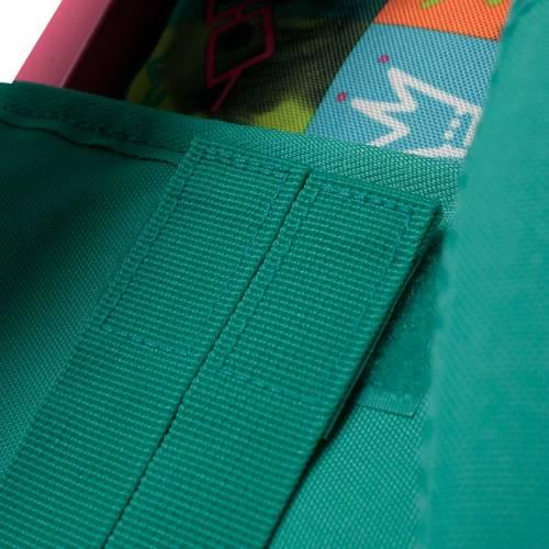 mochila-escolar-con-ruedas-estampado-chessy-renglones-con-codigo-de-color-multicolor-y-talla-unica--vista-4.jpg