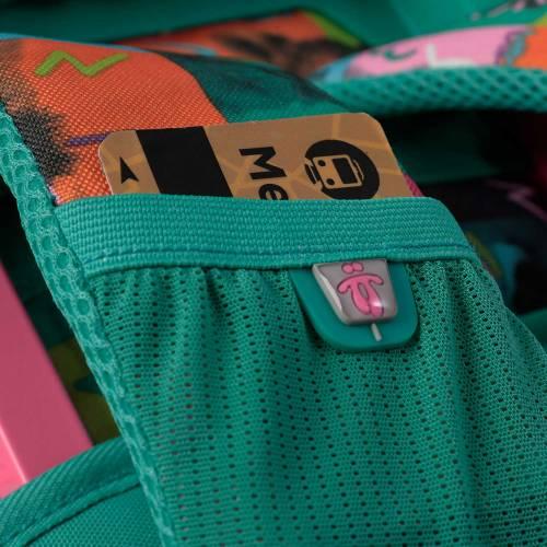 mochila-escolar-con-ruedas-estampado-chessy-renglones-con-codigo-de-color-multicolor-y-talla-unica--vista-5.jpg