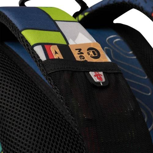 mochila-escolar-estampado-squal-marcador-con-codigo-de-color-multicolor-y-talla-unica--vista-4.jpg