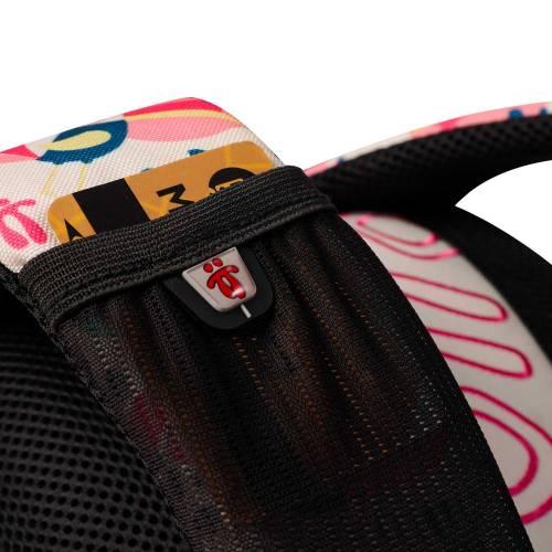mochila-escolar-estampado-tucan-y-pinas-tempera-con-codigo-de-color-multicolor-y-talla-unica--vista-4.jpg