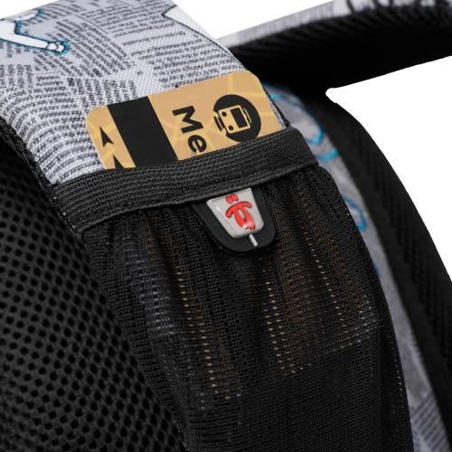 mochila-escolar-estampado-newspaper-tempera-con-codigo-de-color-multicolor-y-talla-unica--vista-4.jpg