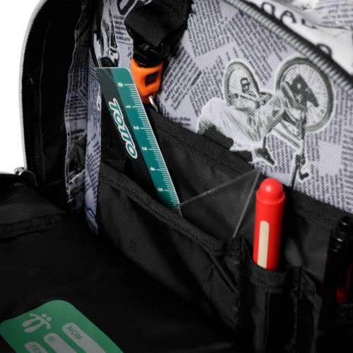 mochila-escolar-estampado-newspaper-crayola-con-codigo-de-color-multicolor-y-talla-unica--vista-2.jpg