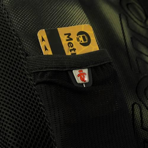 mochila-escolar-estampado-wave-crayola-con-codigo-de-color-multicolor-y-talla-unica--vista-4.jpg